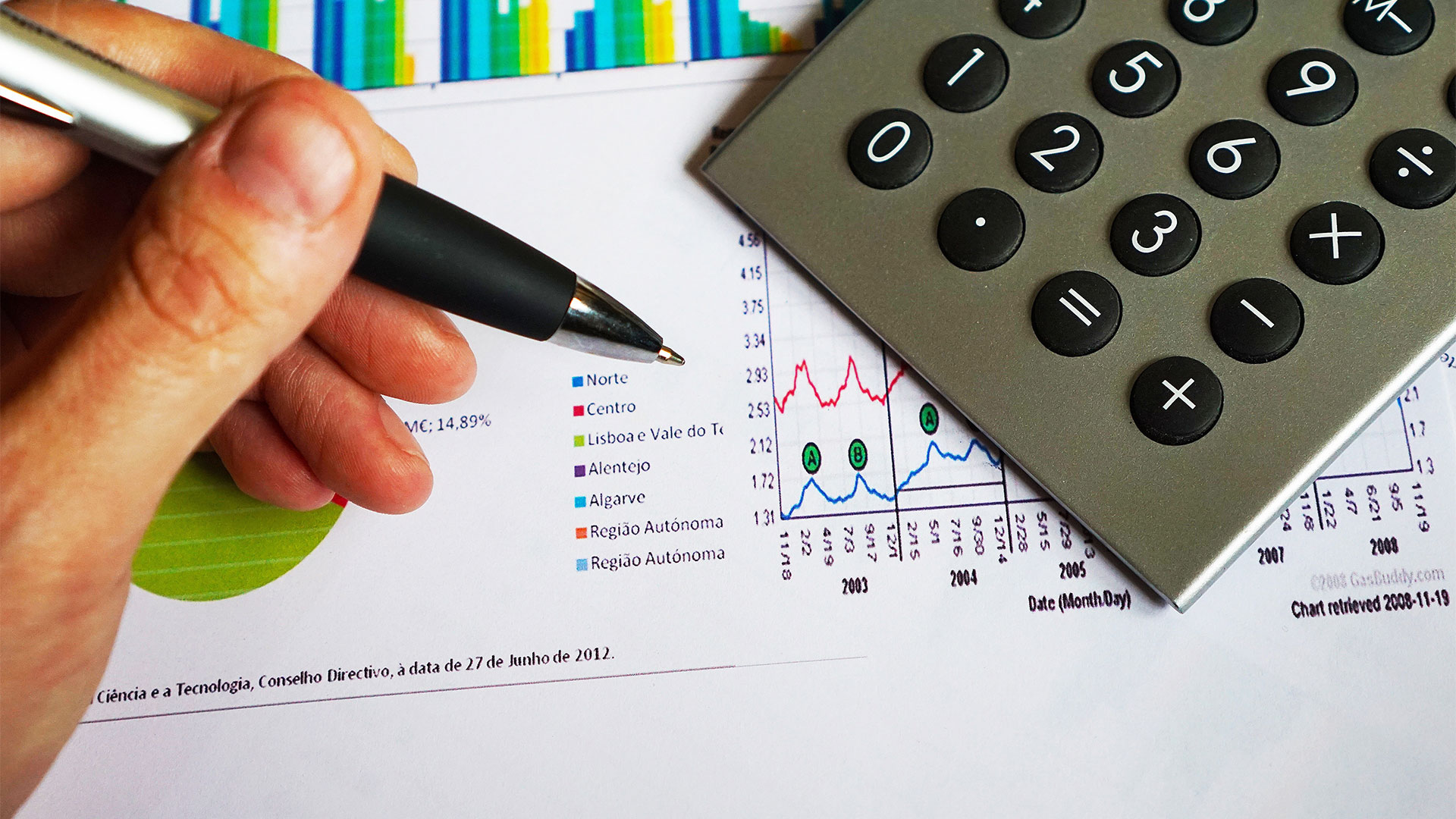 13 Must-Know Tips to Prepare Your Business for this New Financial Year